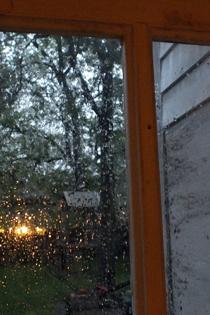 Raindoor3